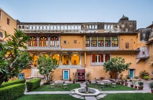 Chanoudgarh exterior