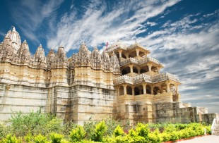 Jain Temple in Ranakpur copy