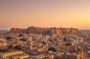 Jaisalmer | Jaisalmer Fort in sunset light, Rajasthan, India, Asia copy