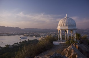 Udaipur and Lake Pichola at sunset, India copy