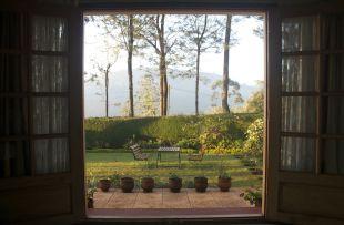 bedroom opens to the garden